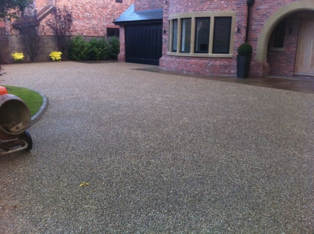 resin bound driveways portfolio 24